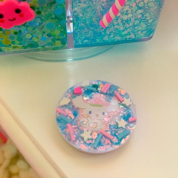 🦄Cinnamoroll sprinkled pop socket